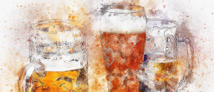 Une image impressionniste de 3 chopes de bières