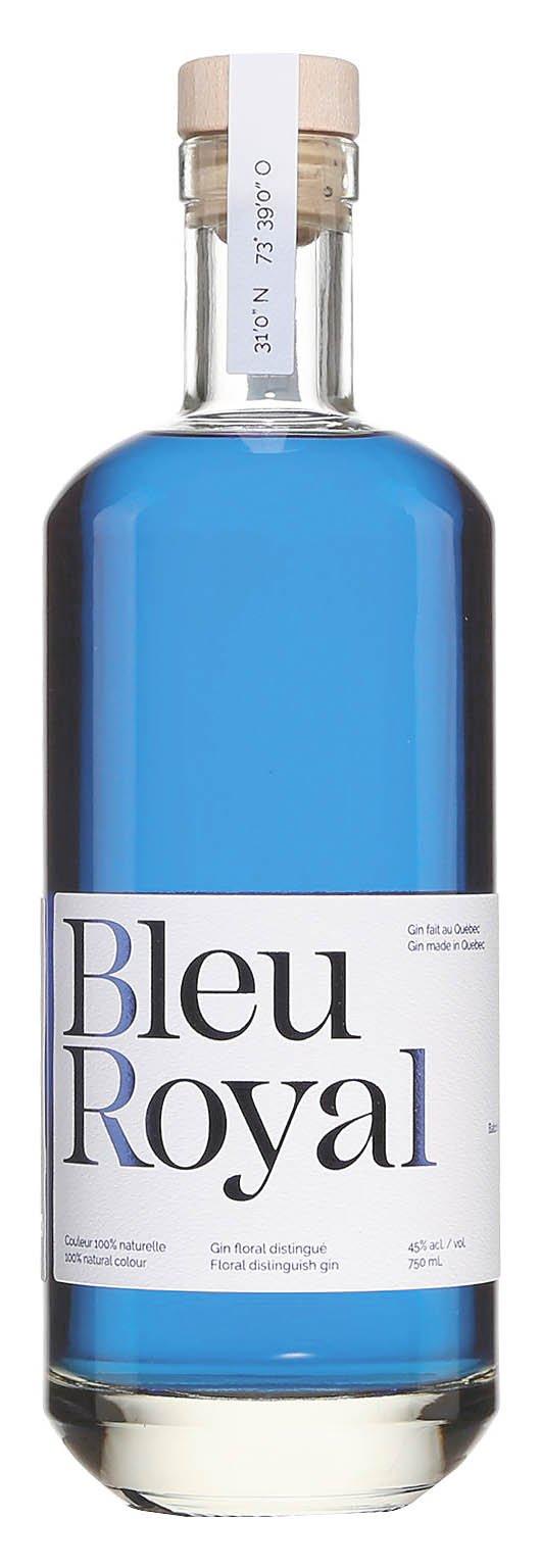 UNe bouteille de BluePearl Distillery Bleu Royal