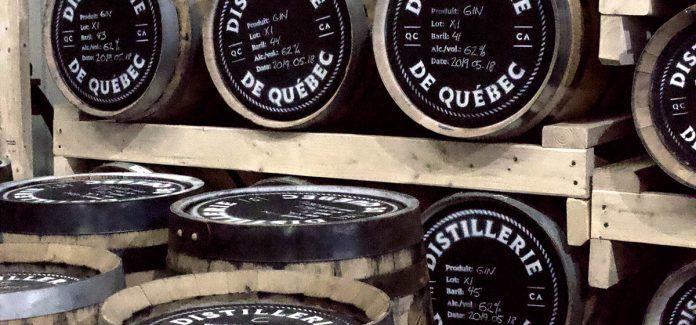 Des barils ou repose du gin vielli